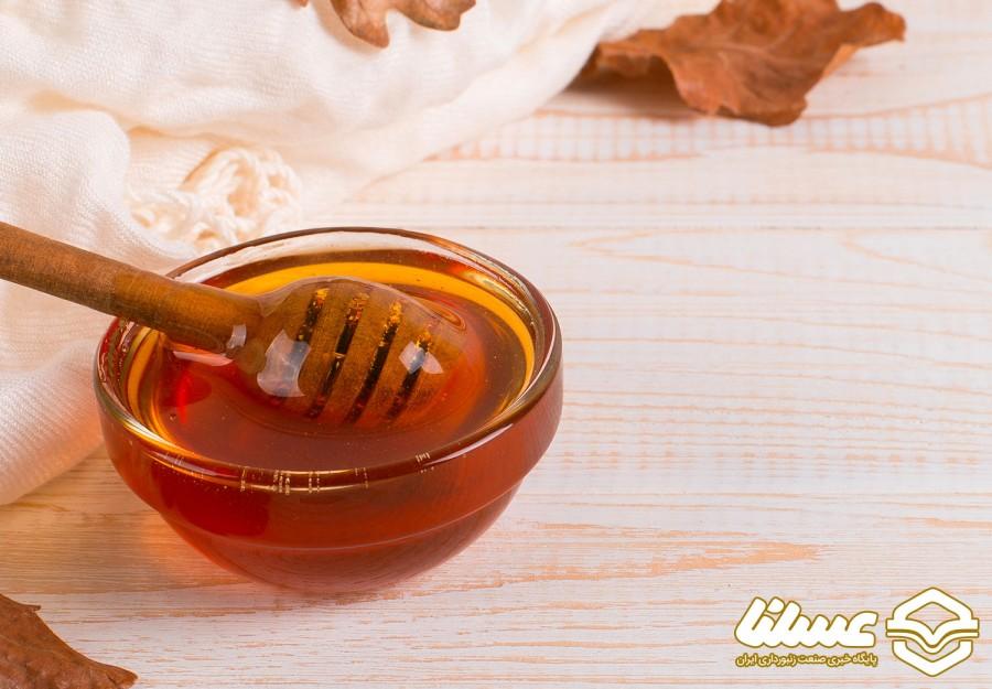 برداشت عسل از ۶۵۰۰ کلنی در لنده آغاز شد